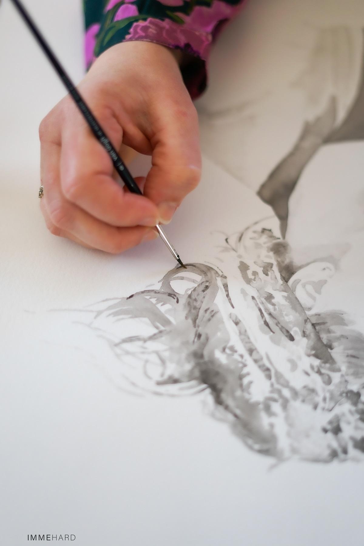 detailfoto van madameruiz aan het schilderen aan een inkt portret fotografie door IMMEhard